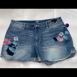 a.n.a. Women's Denim Jeans Shorts with flowers